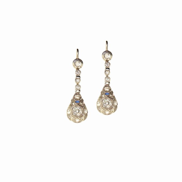 Antique Jewelry - Auctions